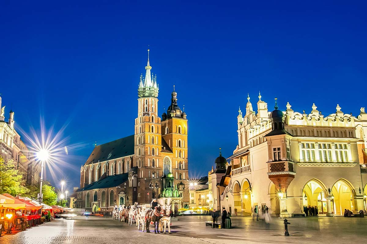 Krakow by night is a perfect idea for a day & night trip from Warsaw