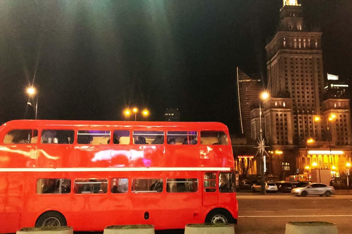 Junte-se a nós para uma festa de dois andares em um ônibus incrível em Varsóvia