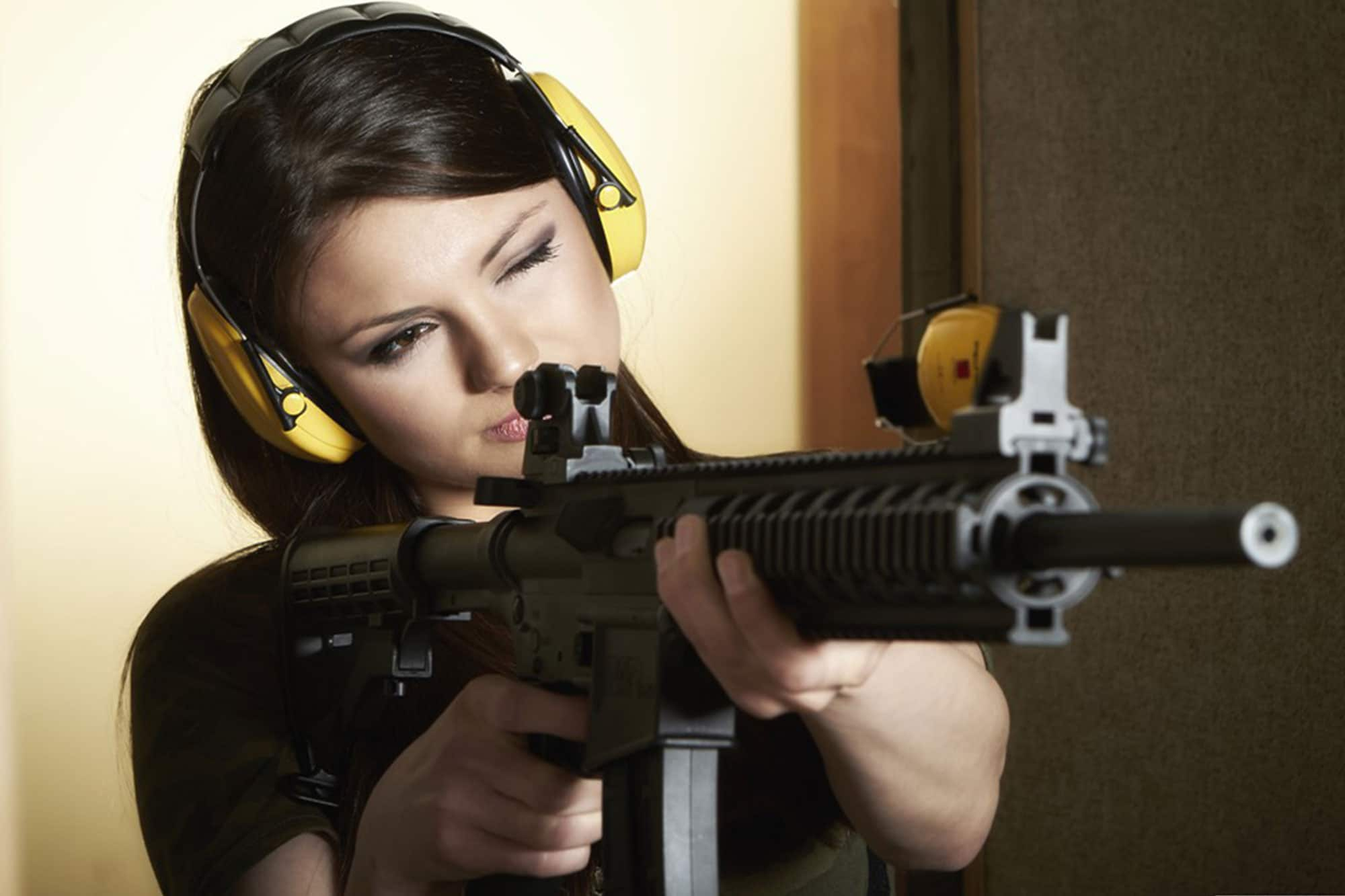 Both girls and guys can enjoy this extreme gun shooting package while in Gdansk