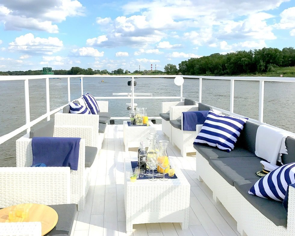 boat party warsaw the top floor